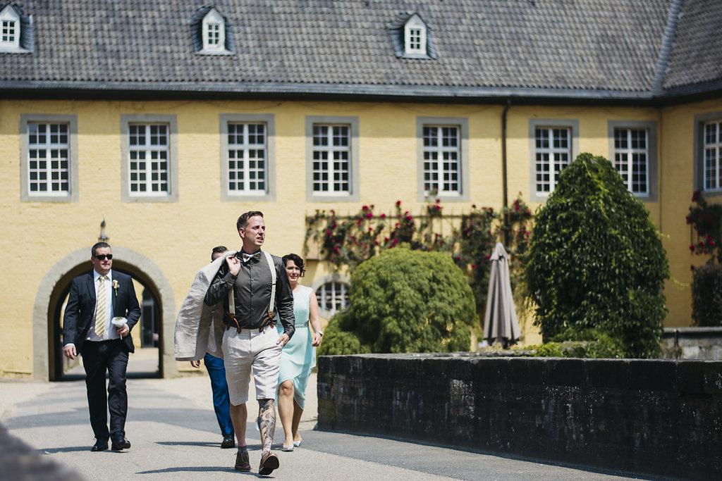 Heiraten im JuniVintagehochzeit, Heiraten, Hochzeit, Schloss Dyck, Heiraten, Hochzeitsreportage, Hochzeitstag, Paarshooting, Hochzeitskleid, Hochzeitsfotografie