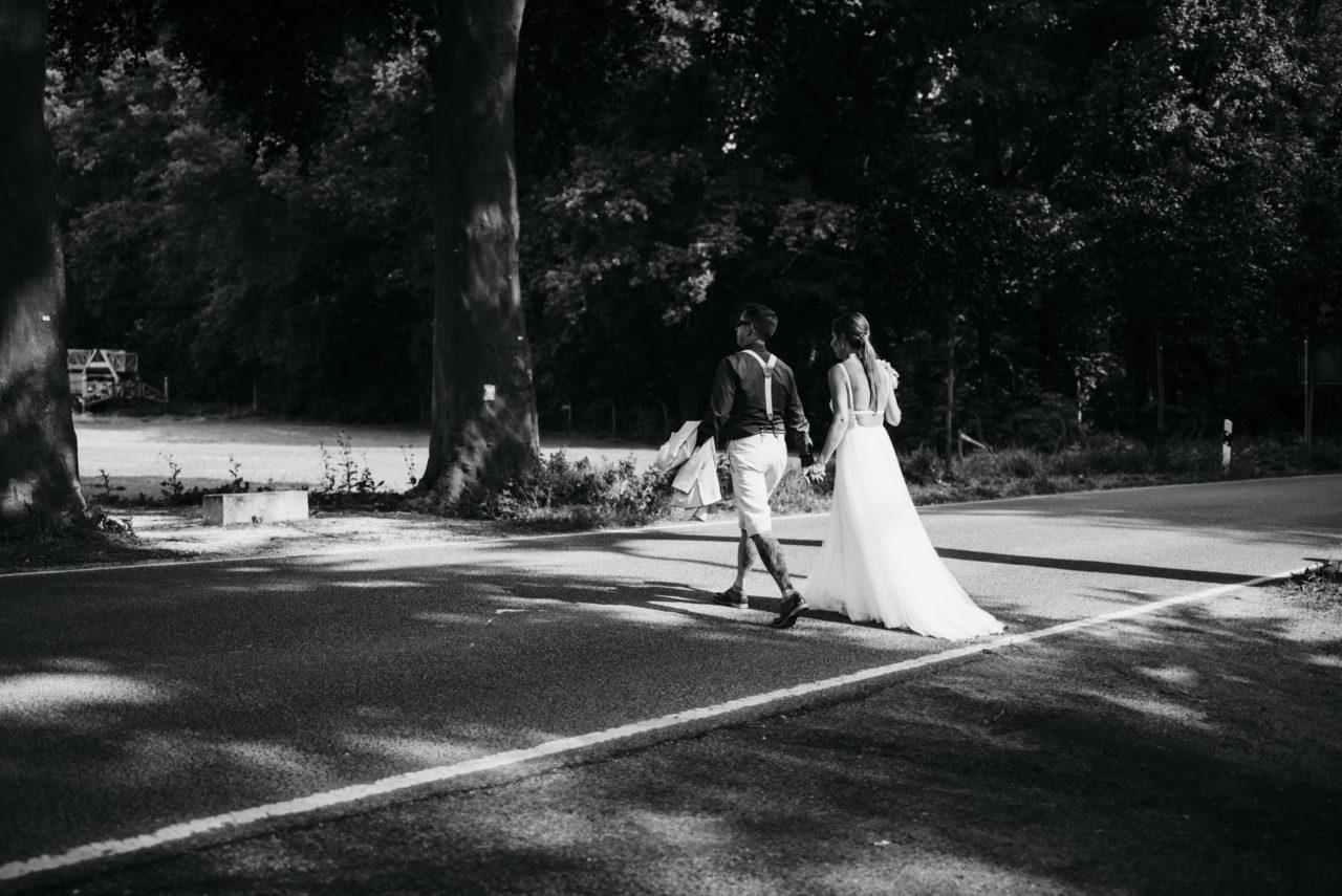 Hochzeit, Vintagehochzeit, heiraten, Brautpaar, Heiraten im Juni, Hochzeitsreportage